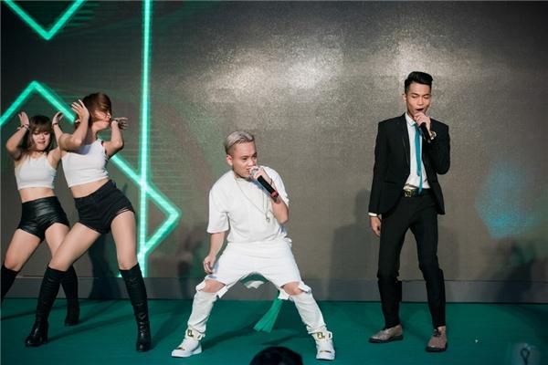 JustaTee và Big Daddy kết hợp cùng nhau trong ca khúc Play Girl từng gây bão tại The Remix 2016. - Tin sao Viet - Tin tuc sao Viet - Scandal sao Viet - Tin tuc cua Sao - Tin cua Sao