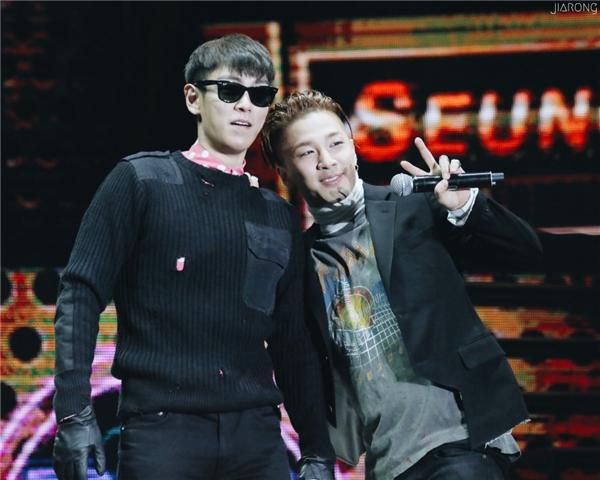 Xuất ngoại chưa bao lâu, T.O.P đã gây thương nhớ cho Taeyang