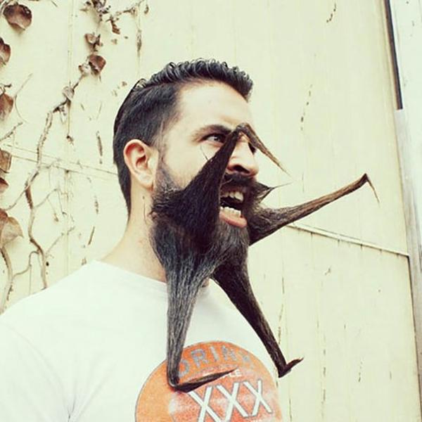 8. Khi anh nổi cáu thì râu cũng sẽ biến dạng thế này.
