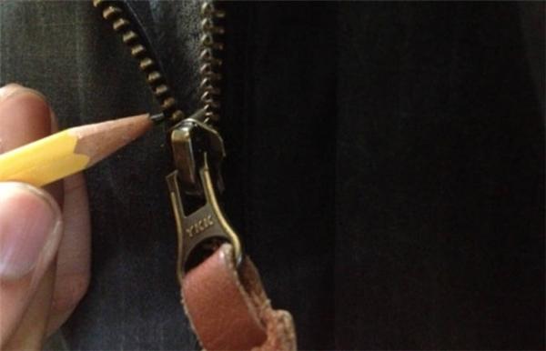 Bật mí 20 tuyệt chiêu loại bỏ rắc rối với quần áo và giày dép