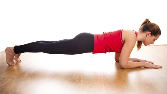 Cách đơn giản để có cơ bụng  sexy như siêu mẫu trong 1 tháng