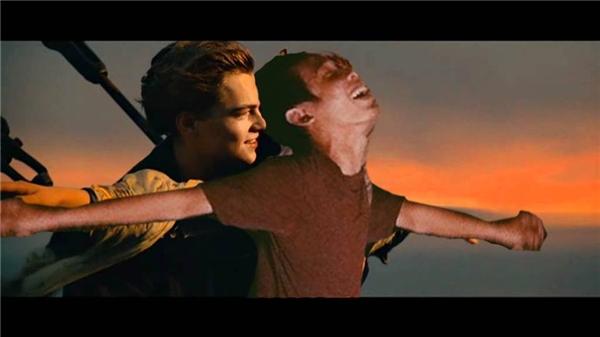 """""""Bay cùng tình yêu"""""""