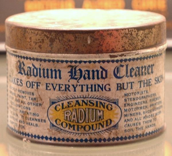 Radium được sử dụng làm phương pháp xóa nếp nhăn.