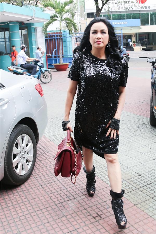 Thanh Lam cũng diện nguyên cây đenđầy cá tính - Tin sao Viet - Tin tuc sao Viet - Scandal sao Viet - Tin tuc cua Sao - Tin cua Sao