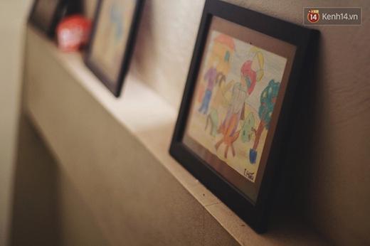 Những bức vẽ của Hiếu ngày mới theo học hội họa.
