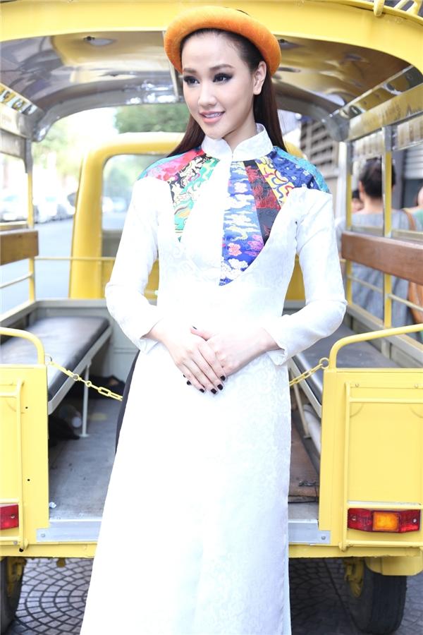 Đoan Trang – Maya đọ nét đằm thắm khi hóa thân cô gái Sài Gòn