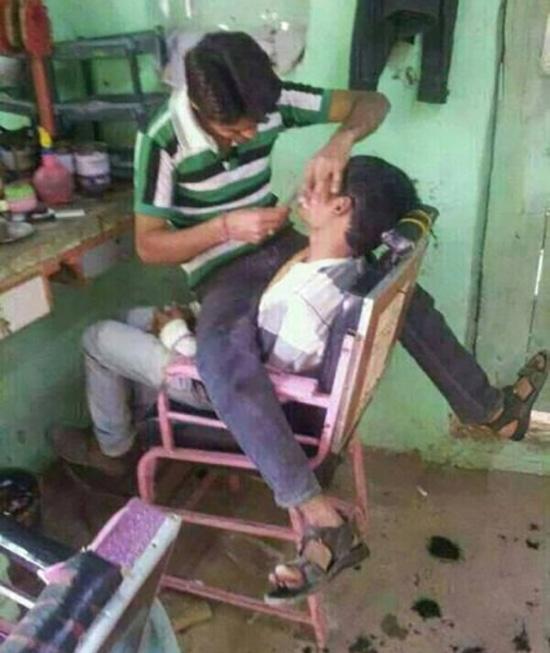 Dịch vụ mới, vừa cắt tóc vừa tập thể lực. (Ảnh: Internet)