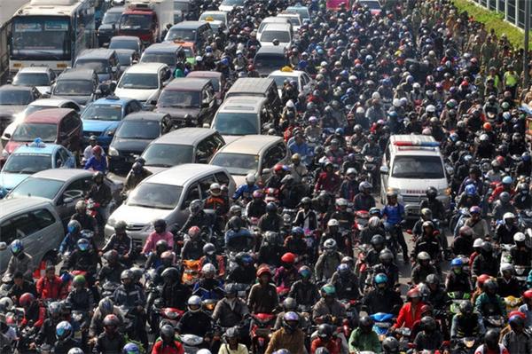 Jakarta là một trong những thành phố có hệ thống giao thông ách tắc nhất thế giới.