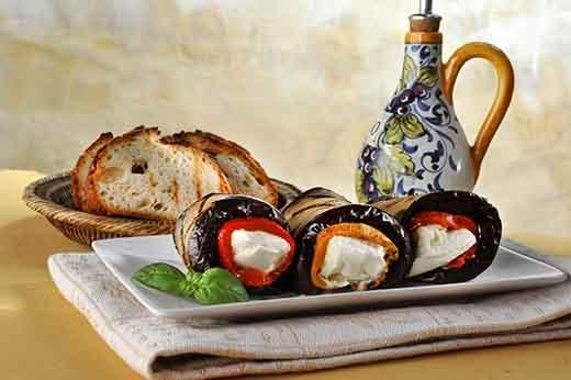 Trong chiến lược quảng cáo thực phẩm, food stylist đóng một vai trò rất quan trọng nhằm khơi dậy cơn đói của người xem.(Ảnh: Internet)