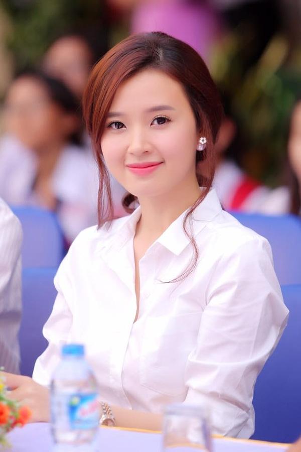 Mốt nâng ngực, sửa mũi của mĩ nhân Việt sau đổ vỡ hôn nhân - Tin sao Viet - Tin tuc sao Viet - Scandal sao Viet - Tin tuc cua Sao - Tin cua Sao