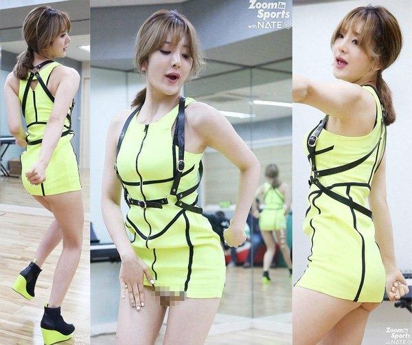 Thành viên Taehee nhóm Delight diện váy siêu ngắn tới mức lộ nội y lẫn vòng ba khi di chuyển trong lúc tập luyện.