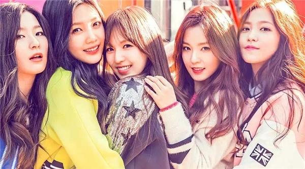Hình ảnh các cô gái Hàn giống nhau như đúc không còn là chuyện lạ. (Ảnh: Internet)