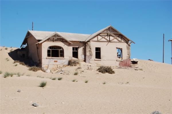 Kolmanskop thì lại là nơi để khai thác kim cương