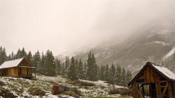 Bạn vẫn có thể ghé qua Animas Forks nếu muốn nghỉ chân khi đi đến vùng núi này