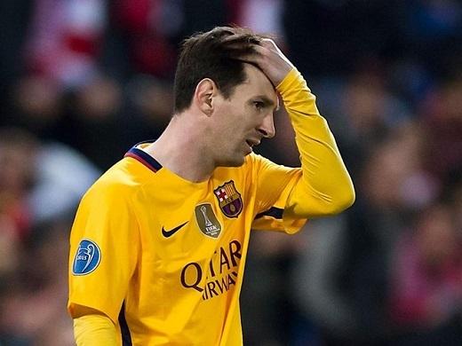 Messi sa sút, Barca cũng xuống dốc. (Ảnh: Getty Images)