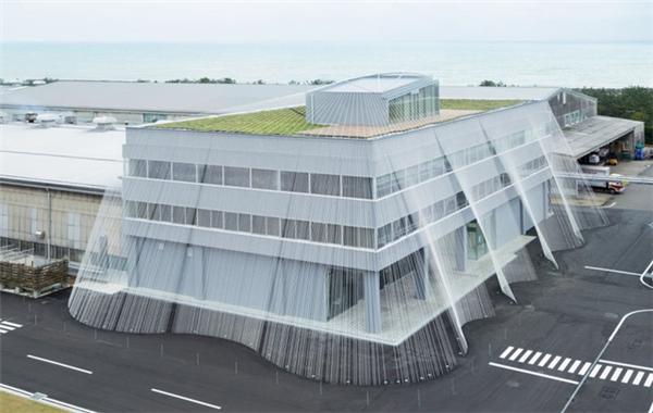 """Phòng thí nghiệm vật liệu sợi Komatsu Seiten được """"bọc"""" trong các sợi CABKOMA"""