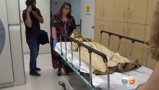 xác ướpCận cảnh xác ướp mẹ con ôm nhau 300 năm tuổi chưa từng thấy