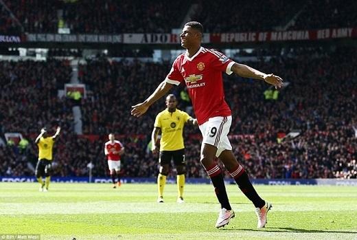 Rashford mang đến sự khác biệttrong chiến thắng trước Villa.