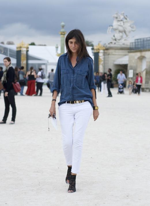 Emmanuelle Alt – tổng biên tập của tạp chí Vogue Paris là điển hình cho phong cách Parisian Chic đơn giản, sang trọng và tinh tế.