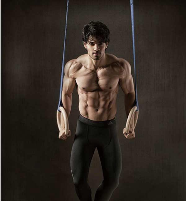 10 nam thần Bollywood cơ bắp khiến fan nữ không rời mắt
