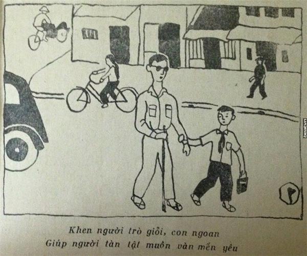 Trẻ nhỏ giúp người gặp khó khăn trên đường.
