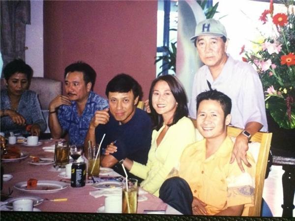 Bấn loạn trước ảnh cưới của Hoài Linh và loạt nghệ sĩ 20 năm trước - Tin sao Viet - Tin tuc sao Viet - Scandal sao Viet - Tin tuc cua Sao - Tin cua Sao