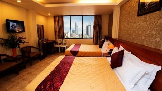 """Đại diện khách sạn Nouveau Happy Inn cho biết: """"Lượng phòng, lượng khách và giá luôn ổn định và được đảm bảo nhờ hợp tác với Mytour.vn"""""""