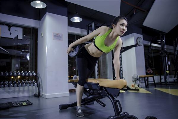 Để sở hữu vóc dáng trong mơ này,Điệp Anhhàng ngày đều tới phòng gym để luyện tập.(Ảnh: Internet)