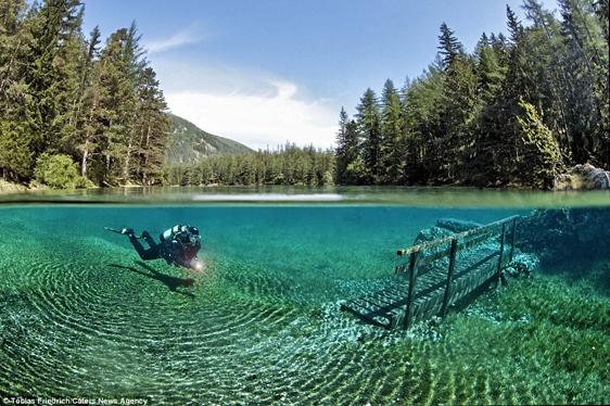 Một trong những bức ảnh đẹp nhất về hồ Green Lake.