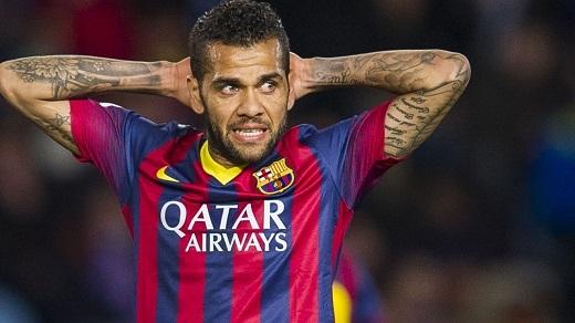 Alves sắp rời sân Nou Camp?