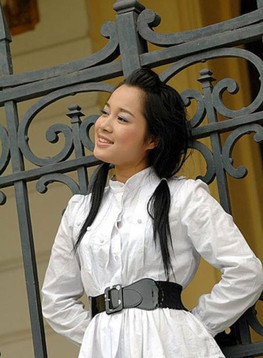 Trước đó, Minh Hương gây ấn tượng với khán giả khi vào vai chính bộ phim sitcom Nhật Ký Vàng Anh