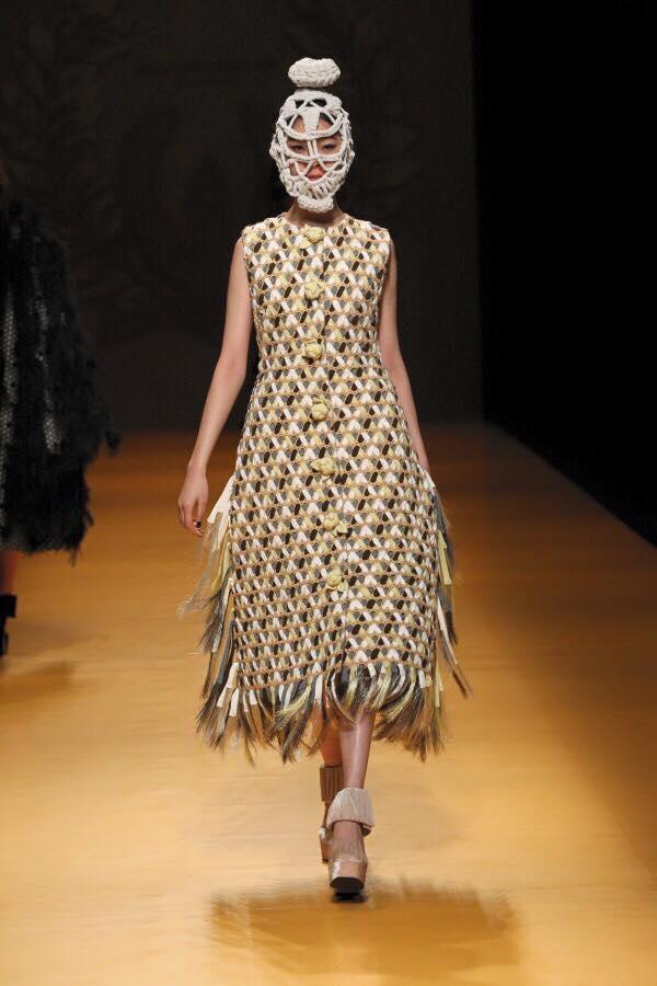 """Bộ sưu tập """"Lúa"""" của nhà thiết kế Nguyễn Công Trí từng trình làng với giới mộ điệu thời trang Nhật Bản."""