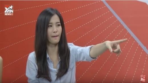 """Đông Nhi """"gài hàng"""" Quang Bảo khiến Ông Cao Thắng cười """"lăn lộn"""""""
