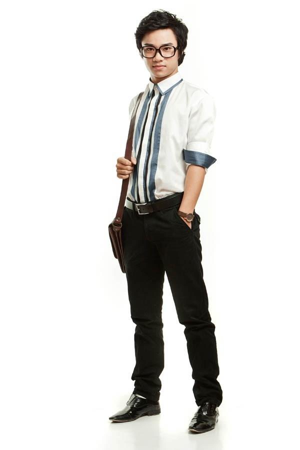 Bác sĩ Hoàng Nghiêm - một trong những vai diễn cực ấn tượng của Hữu Công.