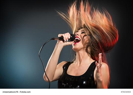 """Ngôi sao sáng của """"đoàn hát Karaoke"""" (Ảnh: Fotolia.com)"""