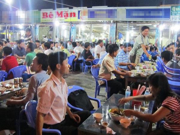 Bắt bài cách đặt tên quán ăn siêu thú vị ở Đà Nẵng