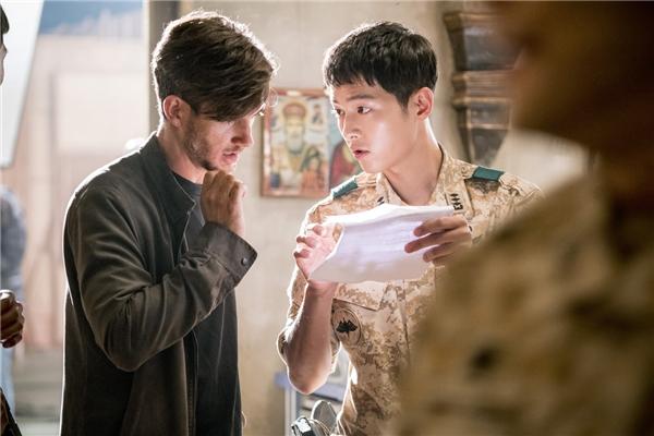 Song Hye Kyo thừa nhận Song Joong Ki là cực phẩm của làng giải trí