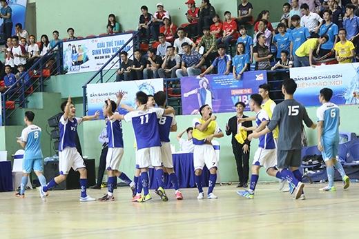 VUG – Nơi sinh viên tự hào thi đấu vì màu cờ sắc áo trường.