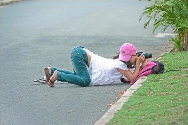 """Liệu đây có phải là lí do con gái làm nghề nhiếp ảnh hay phóng viên ảnh dễ """"ế"""" hơn các ngành nghề khác? Vậy thì thật đáng quan ngại...(Ảnh: Internet)"""
