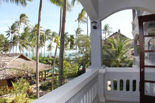 Từ phòng bạn có thể nhìn nhìn ngắm được toàn cảnh của bãi biển. (Ảnh: Internet)