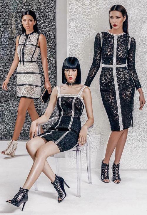 Thiết kế gốc của Chung Thanh Phong nằm trong bộ sưu tập Ren đối xứng và có giá bán khoảng từ 18 đến 25 triệu.