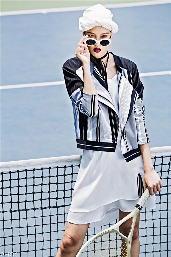 """Lấy ý tưởng từ những mã vạch (barcode) và dựa trên tinh thần thể thao thanh lịch của bộ môn tennis, BST """"Barcode Girls"""" của Lam hình thành từ đó."""