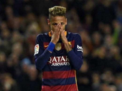 Neymar đang chịu nhiều áp lực tại Barca
