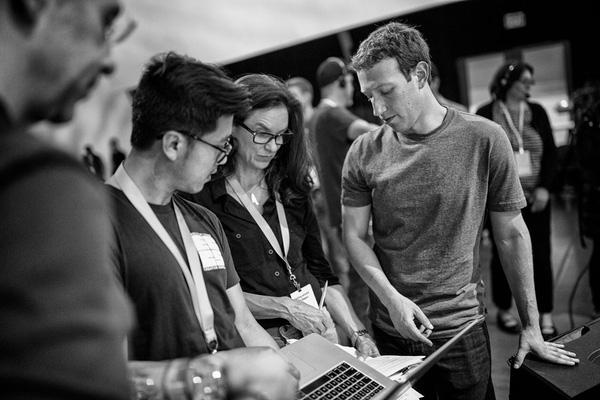 Là đàn ông, hãy man, chất và đầy cảm hứng như Mark Zuckerberg