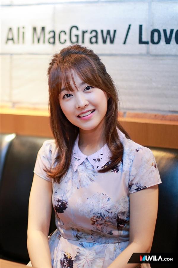 """Những sao Hàn sở hữu vẻ ngoài """"trái ngược"""" tuổi tác"""