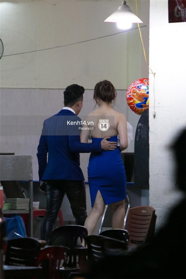 Như thường lệ, Trấn Thành và Hari Won thường có những buổi ăn tối cùng nhau sau khi dự sự kiện hoặc trình diễn. - Tin sao Viet - Tin tuc sao Viet - Scandal sao Viet - Tin tuc cua Sao - Tin cua Sao