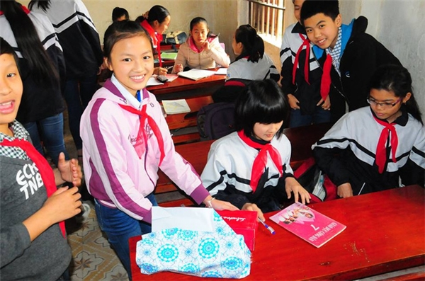 Kiều Anh được thầy cô đánh giálà một học sinh chăm ngoan và có năng khiếu với mônvăn.