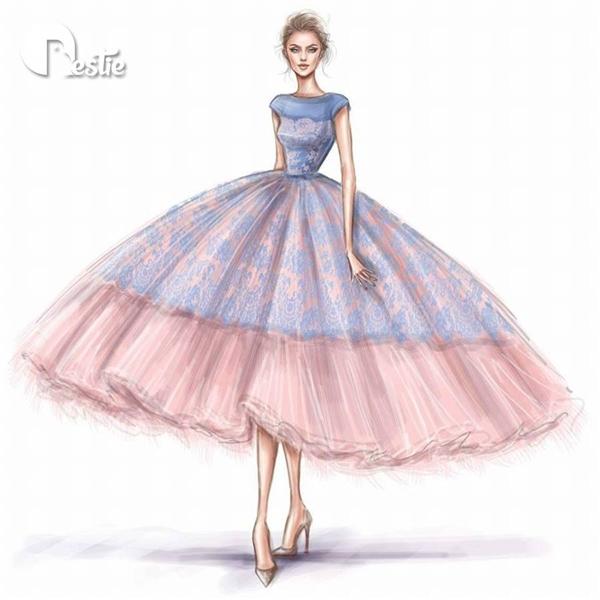 Dáng váy xòe lửng khá được ưa chuộng trong những năm gần đây với trang phục cưới. Chúng giúp các cô gái dễ dàng di chuyển hơn dáng váy dài hay váy đuôi cá cầu kì. Thiết kế này sử dụng hai tông màu hot nhất mùa Xuân - Hè năm nay: xanh lơ và hồng thạch anh.