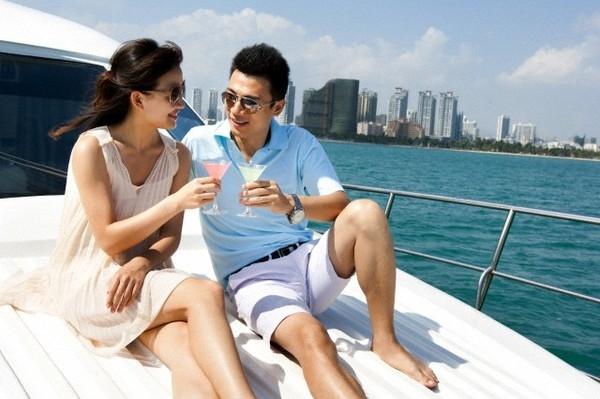 Sau mỗi chuyến du lịch, bạn như thấy tình yêu của mình ngọt ngào hơn, thêm yêu và muốn gắn bó với người ấy. (Ảnh minh họa)