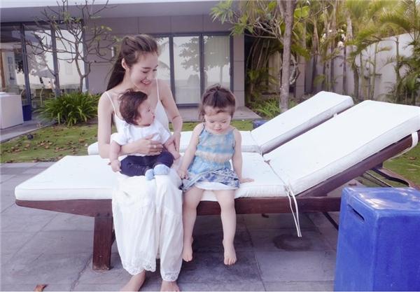 """""""Ngất lịm"""" khoảnh khắc ngọt ngào của gia đình Thu Minh, Elly Trần - Tin sao Viet - Tin tuc sao Viet - Scandal sao Viet - Tin tuc cua Sao - Tin cua Sao"""